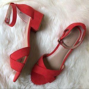 Heeled sandal size 7.5